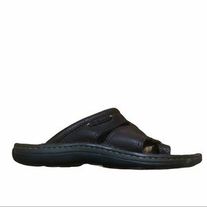 MERRELL Men's Brown Thong Leather Sandals Size 9